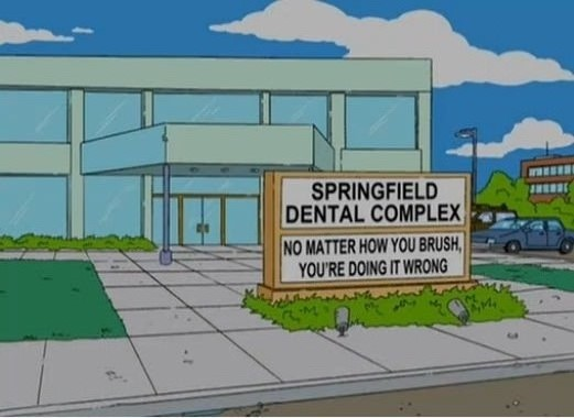 Funniest-Simpsons-Moments--dental-complex-sign