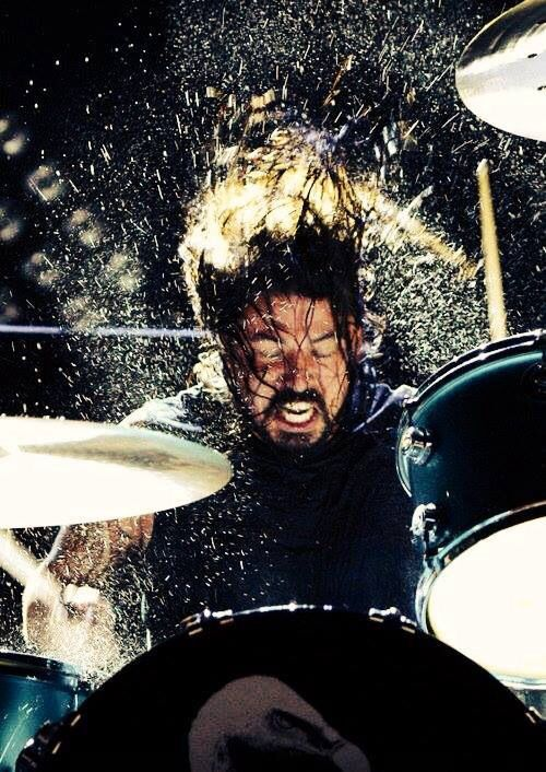 Dave Grohl Performing